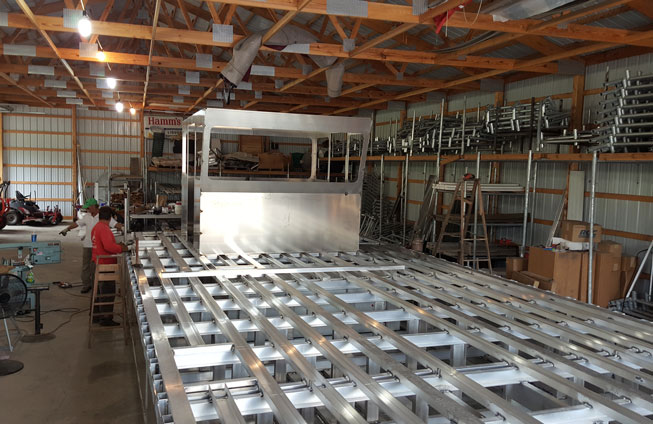 building the 2015 barge